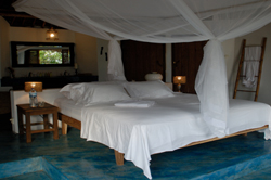 Enjoy luxury beds at Londo Lodge Mozambique